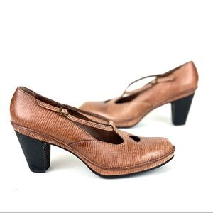 Clarks Mary Jane Heels Shoes Artisian Brown